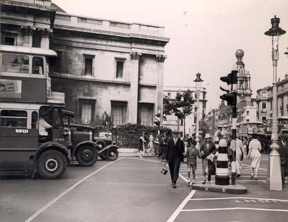 TfL gives sustainable travel the green light as it marks the 150th anniversary of the traffic light