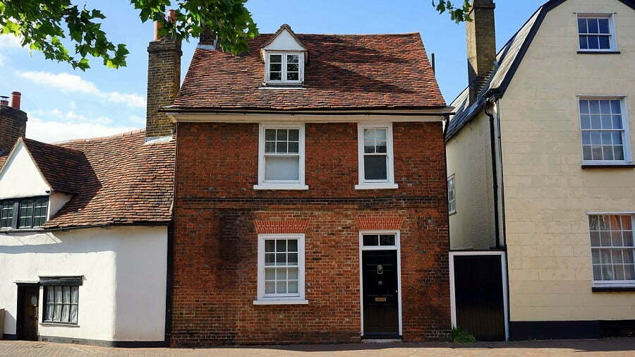Brokers hold the key to unlocking credit for UK property investors