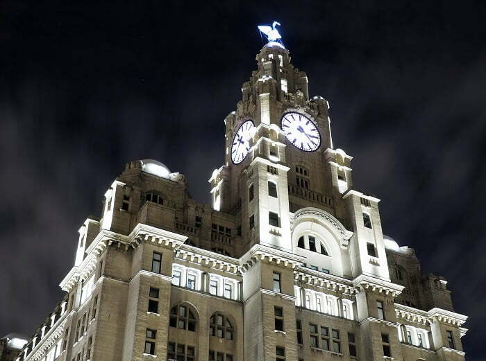The Royal Liver Building to pay respects to fallen heroes with commemorative light display