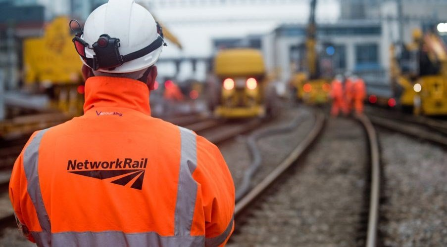 Network Rail announces £640m contract awards to deliver design services