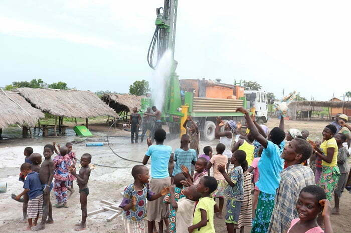 HOUSEBUILDER HELPS BRING CLEAN WATER TO TOGO COMMUNITY