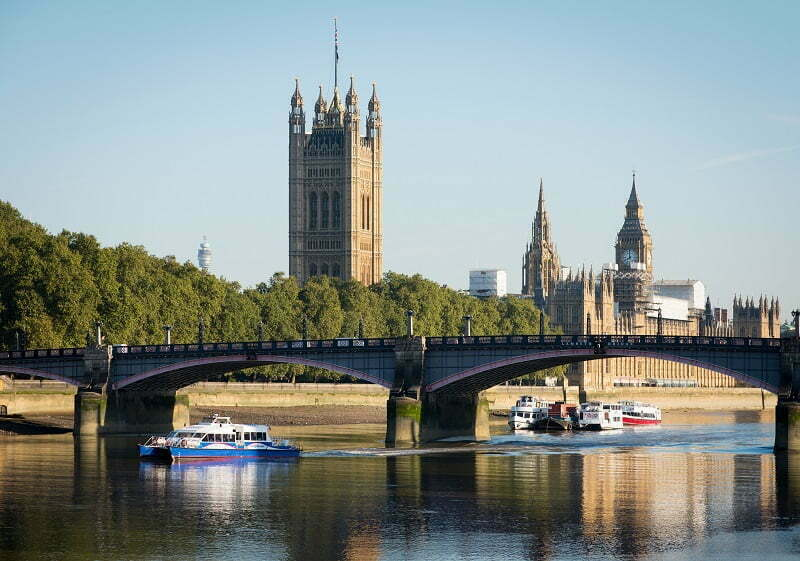 TfL announces next steps for plans to make walking and cycling at Lambeth Bridge safer and easier
