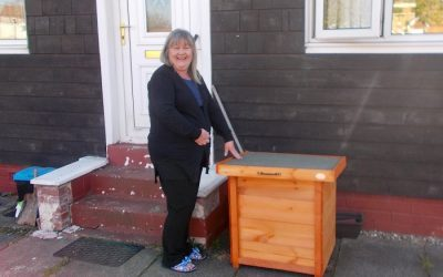Headman at Shedman, Bill Roddie, delivers 70 free small Shopping Sheds to vulnerable people in Greater Glasgow
