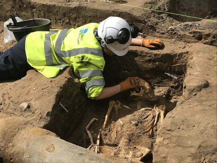 Excavation of Medieval Graveyard Begins as Part of Trams to Newhaven Project