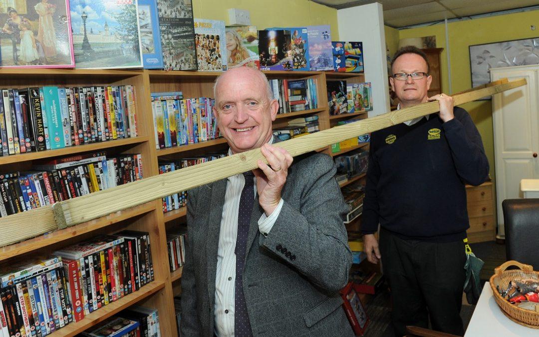 Builders merchant boosts Hospice fundraising quest