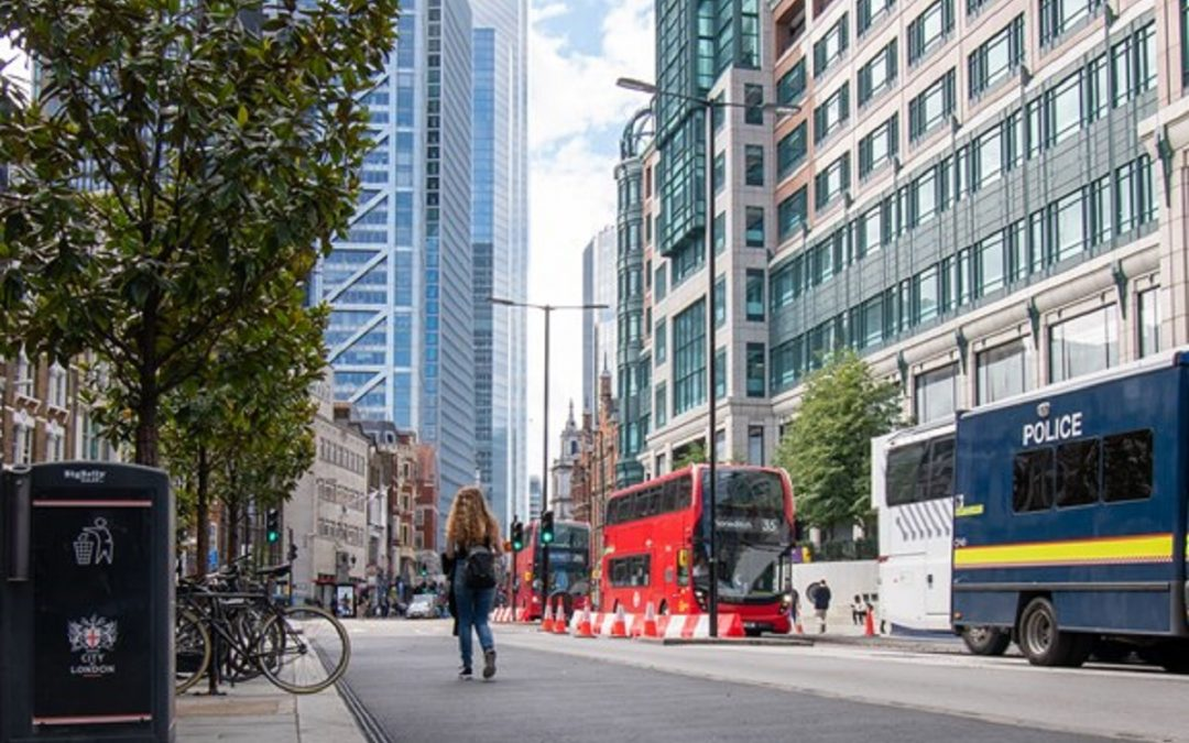 Bold changes transform Bishopsgate for people walking, cycling and using the bus