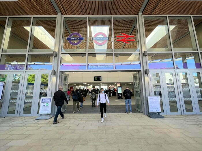 Step-Free Access at Ealing Broadway Station as New Enlarged Ticket Hall Opens to Customers